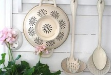 Decor ♥ Cottage Kitchen / Cosy, vintage ideas for cottage kitchen decor. / by Jane @ North Shore Photography