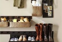 Smart Cleaning and Organization / Keeping your house clean and organized doesn't have to be difficult. Find great resources for smart cleaning tips and home organization ideas.