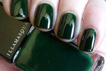 nail polish/designs / by mims
