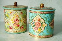Old, decorative tins