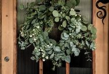 L'échoppe fait des bouquets d'Eucalyptus / L'eucalyptus rapporte un peu de fraîcheur à la maison. En bouquet champêtre ou suspendue dans la salle de bain, les branches d'eucalyptus vous améliorer l'atmosphère de votre appartement avec un peu de verdure.