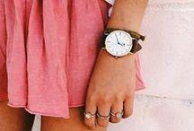 Clothes   Accessories / Esos complementos de los que uno se enamora... Bolsos, gafas, relojes, collares, pendientes, broches, pulseras, pañuelos, complementos para el pelo... Podéis encontrar también los diseños de NHANI DESIGNS en: http://nhanicomplements.blogspot.com.es/