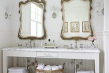 Bathrooms / Beautiful bathrooms to dream about / by Teresa Andersen