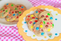 There's Always Room for Dessert! ;) / Yummy dessert recipes I must try! :P / by Bobbi Blaisdell