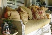 Daybeds & Sleeping Porches / by Barbara Ward