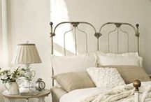 IRON BEDS / Antique, Vintage or Repro IRON BEDS...