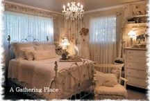 Romantic Bedrooms / Bedrooms to make you swoon..............