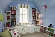 Deco - Reading Spaces / Reading spaces, and ideas for displaying books / by Sally Wheeler
