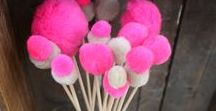 Inspiration: Pompoms! / I love pompoms, you love pompoms. Make the cutest projects with just some leftover yarn!