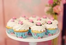 Cupcakes - Muffin / by Hólmfríður Ben Benediktsdóttir