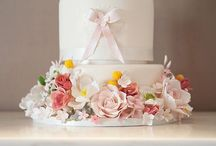 Wedding Cakes / Cakes, desserts and sweet treats designed to brighten the eye and taste divine.