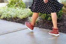 Sneakers Chic / Great looks with kicks  / by Mysmallwardrobe.com