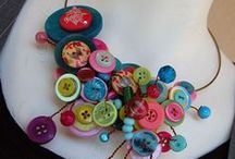 4 the Love of Buttons / Crafting with and appreciating all things button.