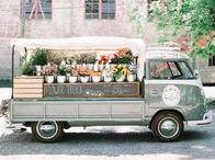 Hippy chic lifestyle / Everything that screams the Hippy Chic Lifestyle! Hippy Chic Style. Hippy Chic Fashion. Hippy Chic Home decor. Hippy Chic wedding. Hippy Style. Hippy wedding. Hippy Quotes. Hippy Bedroom. Volkswagen Van. Volkswagen Bus.