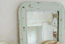 Mirrors / spiegeltje, spiegeltje aan de wand...