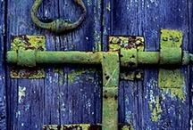 cherchez le porte / by Kelly Swordmaker