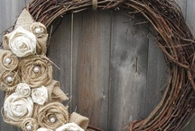 DIY Wreaths / I have a thing for wreaths. I have a strong belief that every house should have a wreath for every season on their front door. This board is dedicated to all of the many beautiful DIY versions that have been created. So much inspiration!