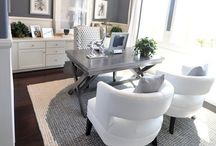 Home Office Decor / Home office décor | home office design | office accessories | home office ideas | home office organization | home office desk | home office for women | small home office | work from home office