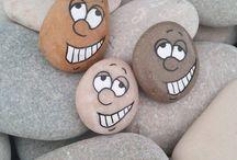 Piedras decoradas / La próxima vez que salgas de vacaciones no olvides traer tus piedras, algo lindo saldrá de ellas