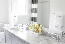 House things - Bathroom / by whatlindseylikes (Lindsey Quick)