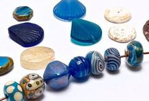 U Can Bead 2 / Hand selected color collections of beads and art beads for your craft supplies.  Inspiration by Cherrie and Michael
