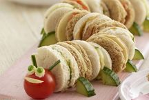 Party Food Ideas for Children / The best food to make and serve when you are having a party. Finger food, snacks and desserts