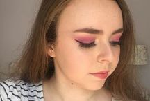 My makeup looks / The best make up looks I'm proud of! Expect a huge mix of bright colours, warm browns and a lot of smokey eyes...