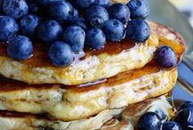 Breakfast / It's the most important meal of the day and I can't say I don't agree. It's also the most delicious! Here you'll find the best breakfast recipes for everything from waffles to omelets and overnight casseroles.