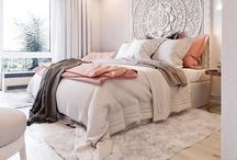 Dream Bedroom / Beautiful bedrooms inspiration, styling tips and DIY projects.