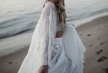 L'eto @ Palm Beach By STYLED BY HER / The team... Styling, flowers, concept and direction: Styled by Her / @styled_by_her Photographer: Love Sari / @_lovesari Dresses: L'eto Bridal / @letobridal Model: Liv Siebel / @livbosshard Hair + MUA: Blonde Rumour / @blonde_rumour Earrings: Love Marie Bridal Boutique / @lovemariebridalboutique