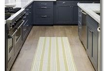 Grey / Dark Kitchens / Kitchen planning guides, grey kitchens, black kitchens, darker wood kitchens