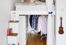 Quirky House Inspiration / Small space and quirky house builds that utilise their rooms and designs.
