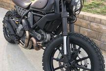 Réservations d'un taxi moto à Paris / votre moto taxi à Paris
