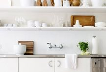 cook cook cook / Great kitchens and kitchen decor ideas / by Liesl Gibson