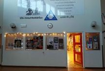 Bokasafn Hvaleyrarskola / School library in an elementary school in Hafnarfjordur, Iceland.