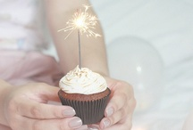 Cupcakes! / The pastry's queen. / by Priscilla Fairchild