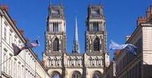 Loiret, au coeur du Val de Loire / À 1h30 de Paris, vous êtes au cœur du Val de Loire, classé au patrimoine mondial par l'UNESCO.  Découvrez le département du Loiret son environnement préservé et sa mosaïque de territoires et d'atmosphères : bord de Loire, forêt d'Orléans et de Sologne, étangs, plaine de Beauce, collines du Gâtinais et du Giennois, fleuve royal et canaux... soit une rare diversité de paysages. Prenez un bol d'air dans le Loiret ! - > https://www.gites-de-france-loiret.com/fr/page/departement