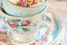 Vintage teacups / De mooiste vintage theekopjes zijn hier verzameld.