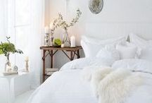 White and Rustic Style / White and rustic decor and decorating for bedroom, living room, dining room, kitchen, and bathroom