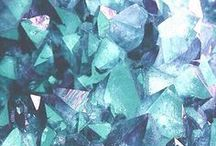 Gemstone world / The amazing world of natural stones.