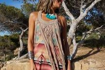 Boho looks / Bohemian clothes, jewelry and accessories.