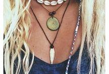 Jewellery / Gorgeous beach themed jewellery.