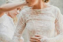 Bridal Style / Are you a bride who loves wedding fashion? This board is the one for you. Be inspired by beautiful bridal style and looks covering everything from modern to rustic brides.