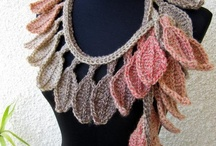 Crochet: Scarfs, Cowls and Collars / by Melina Dahms