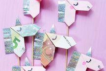 DIY Geschenke / Coole DiY Geschenke um liebevoll zu verschenken.  DIY, Basteln, Selbermachen, Selber machen, selbstgemache Geschenke, Geschenkpapier, Origami, gifts, DIY Tutorials, DIY Ideen, DIY Geschenke, Einpacken, Geschenkpapier, Hochzeit, Geschenkideen, Fotos, Geschenke basteln, Möbel bauen,  Kreativ, DIY Anleitungen, DIY Deko, Schmuck selber machen, Deko selber machen, Deko Ideen, Zuhause, Gutschein, nähen, Kosmetik, Geschenke, Interior, Upcycling, Heimwerken, DIY Beauty, Lifestyle, Rezepte, CreactCult