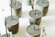 DIY Beton | Gips / DIY Ideen aus Beton & Gips - aus Beton oder Gips lassen sich tolle Sache wie Deko, Einrichtungsgegenstände, Blumentöpfe, Möbel, Schmuck, Uhren und vieles mehr herstellen! Beton ist sehr vielseitig und ein tolles Material zum Basteln.