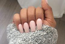 hair, nails, & beauty. / by Tarah Daniels