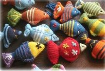 Knitting - Animals & Toys / by Sonja Sokol