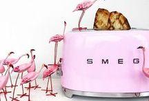 I piccoli di casa Smeg / Piccoli elettrodomestici Smeg | Un  pezzo di design nella tua casa. Un grande aiuto nella tua vita. | Tostapane, impastatrice, frullatore, bollitore, estrattore, spremiagrumi, machina del caffè.