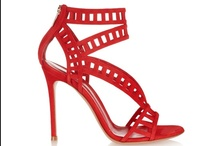 Women Red shoes / by Les Casse Pieds